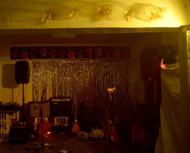 'Hang 'Em High #1', installation view, Velvet Room, Athens, 17 January 2015