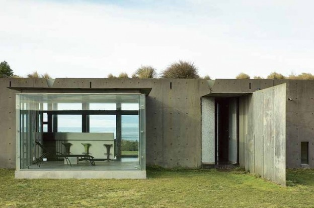 The Phillip Island House, by Denton Corker Marshall. Photo by Richard Powers